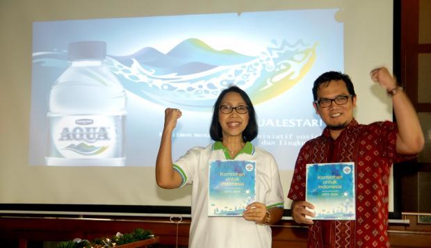 Aqua Luncurkan Laporan Berkelanjutan 2013-2014 - Warta Ekonomi