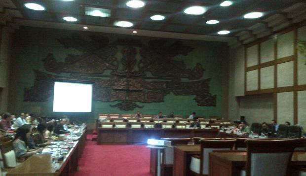 Komisi XI: Pengedar Uang Palsu Harus Ditindak - Warta Ekonomi