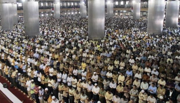 Foto Berita Tips Tetap Sehat dan Bugar Saat Puasa Ramadhan