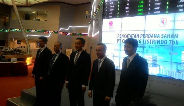 Foto Berita Perdana Masuk Bursa, Saham Cikarang Listrindo Naik 120 Poin