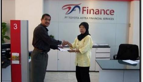 Foto Berita Toyota Astra Finance Buka 3 Kantor Cabang
