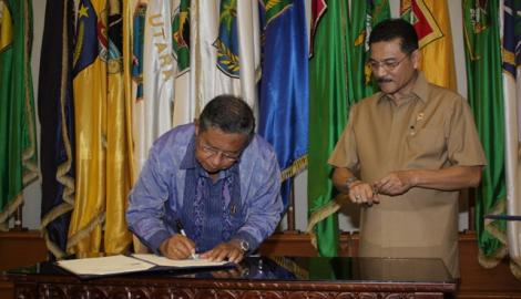 Foto Berita Manfaatkan e-KTP dan NIK, BI, Dirjen Pajak Gandeng Kementerian Dalam Negeri.