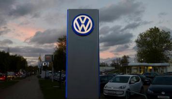 Foto Volkswagen Didenda Miliaran Dolar Terkait Skandal Uji Emisi