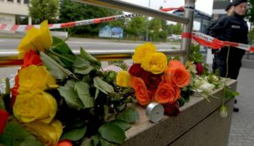 Foto Pasca Serangan Jerman, Iran Serukan Perangi Terorisme