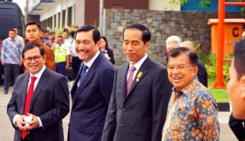 Foto Jadi Presiden, Sekarang Jokowi Sudah Makmur Tak Lagi Kurus?