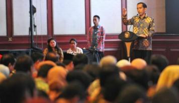 Foto Presiden Jokowi: 15 tahun ke Depan Indonesia Siap jadi Negara Maju