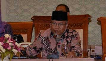 Foto Ketua MKD DPR Surahman Hidayat Diganti