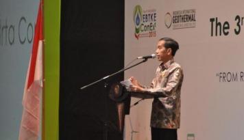 Foto Jokowi Sebut Perekonomian Saat Ini Tidak Normal