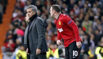 Foto Mourinho Sosok yang Fantastis Bagi Rooney