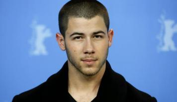 Foto Wah, Nick Jonas Main dalam Reboot Film Jumanji