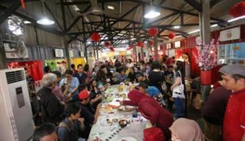 Foto TNI AU Bersihkan Sampah di Pasar Pekanbaru