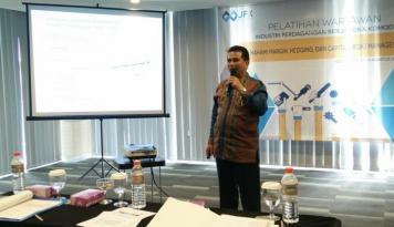 Foto Meningkatkan Peran Media dalam Perkembangan PBK di Indonesia
