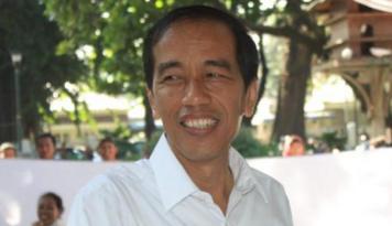 Foto Jokowi Setuju Pembentukan Yayasan Dana Olahraga
