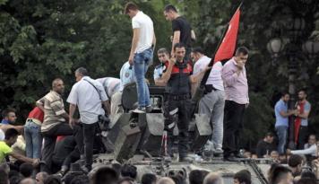 Foto Erdogan: Turki Kecewa Gulen Belum Ditahan