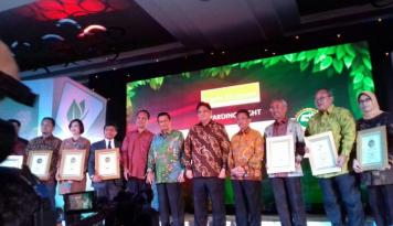 Foto Ini Para Pemenang Warta Ekonomi Social Business Innovation Award 2016