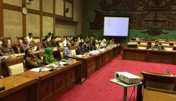 Foto DPD-Pemerintah Sepakati Alokasi Dana Kelurahan