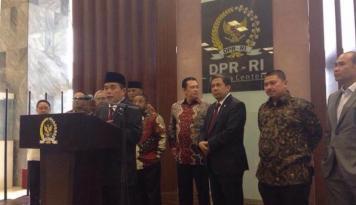 Foto Tunjangan Guru Dipotong oleh Menkeu, Ketua DPR Pasang Badan
