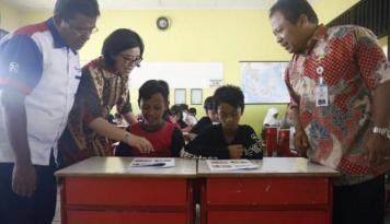 Foto Pluit City Edukasi Kesehatan Siswa SD di Muara Angke