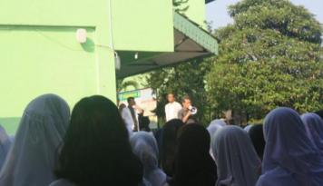 Foto Mendikbud Ingin Bank Aktif Cairkan Dana Bantuan Kartu Indonesia Pintar