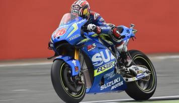 Foto Vinales Juara GP Inggris, Kemenangan Pertama Suzuki Sejak 2007