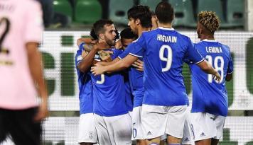 Foto Juventus Tertolong Gol Bunuh Diri Goldaniga Saat Kalahkan PalermoPastikan Kemenangan