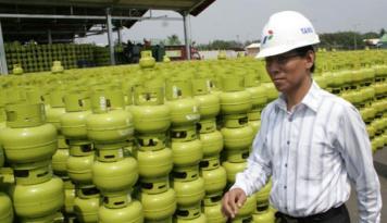 Foto Pertamina Tambah 27.440 Unit Elpiji 3 Kg di Padang