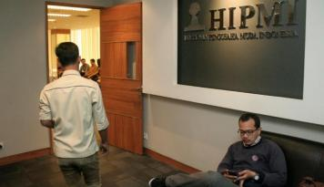 Foto HIPMI Siapkan Website