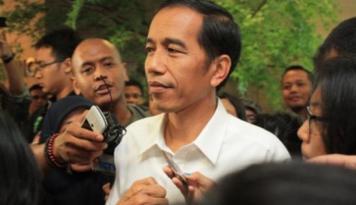 Foto Jokowi: Membangun