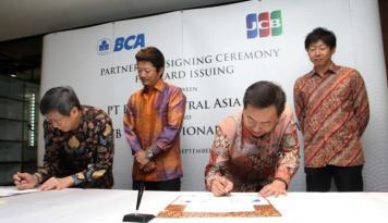Foto Perkuat Cakupan Kartu Kredit, BCA Gandeng JCB