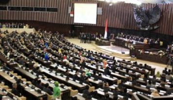 Foto DPR-Pemerintah Sepakat Beli Satelit Pertahanan Negara