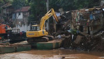 Foto DPR Dukung Relokasi Bukit Duri Oleh Pemprov DKI