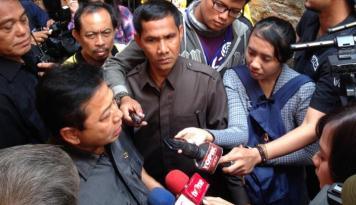 Foto Lolos di MKD, Novanto Tak Incar Posisi Ketua DPR